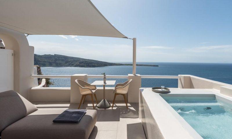 Art Maisons Oia Castle Santorini