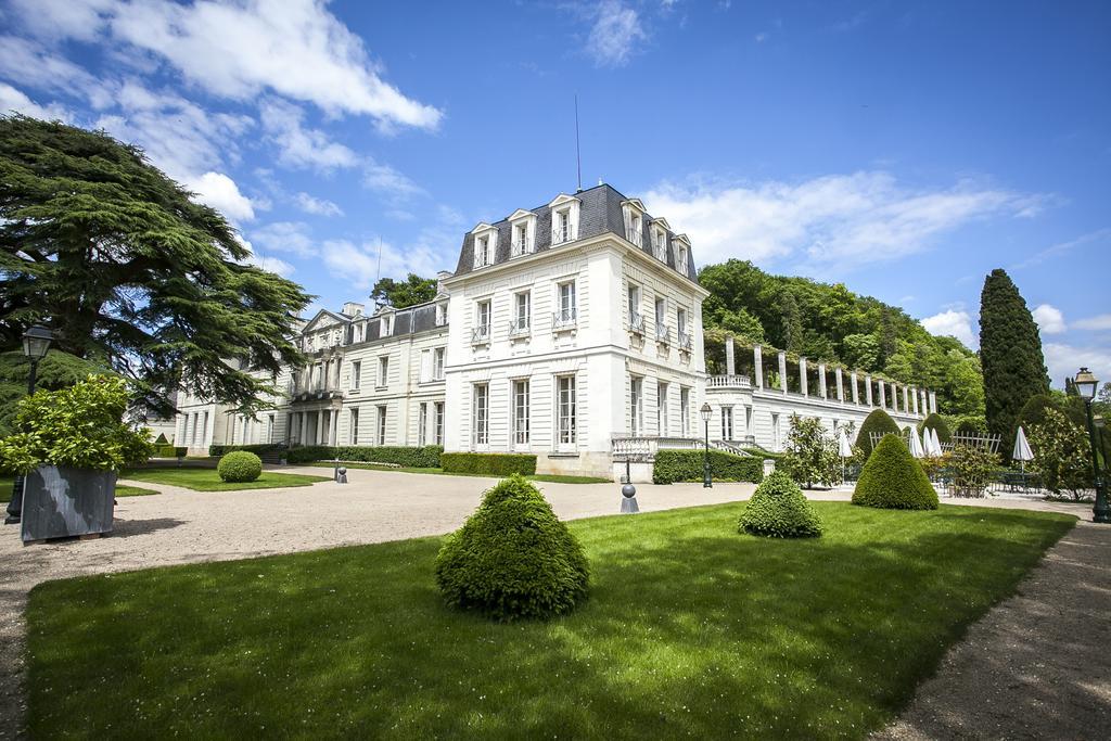 Chateau De Rochecotte Saint Patrice