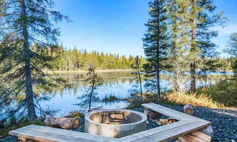 Magical Pond Nature Igloos