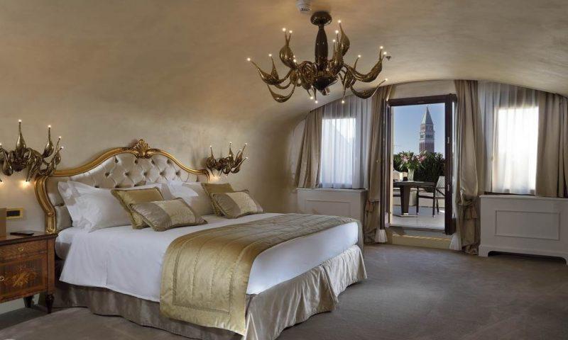 Hotel Ai Cavalieri in Venice