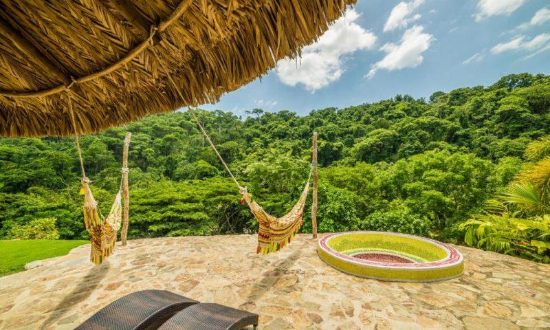 One Santuario Natural - Colombia