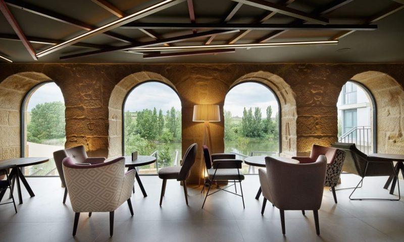 Palacio Tondon Brinas, La Rioja - Spain