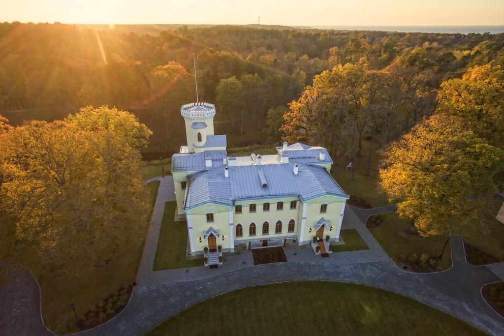 Keila-Joa Schloss Fall - Estonia