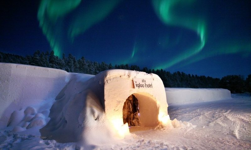 Sorrisniva Igloo Hotel - Norway